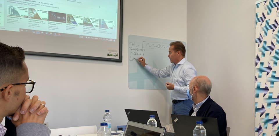 Workshop realizado esta semana por Carlo Redaelli, Director Comercial de Textile ID Datamars, en las instalaciones de Medicip Health